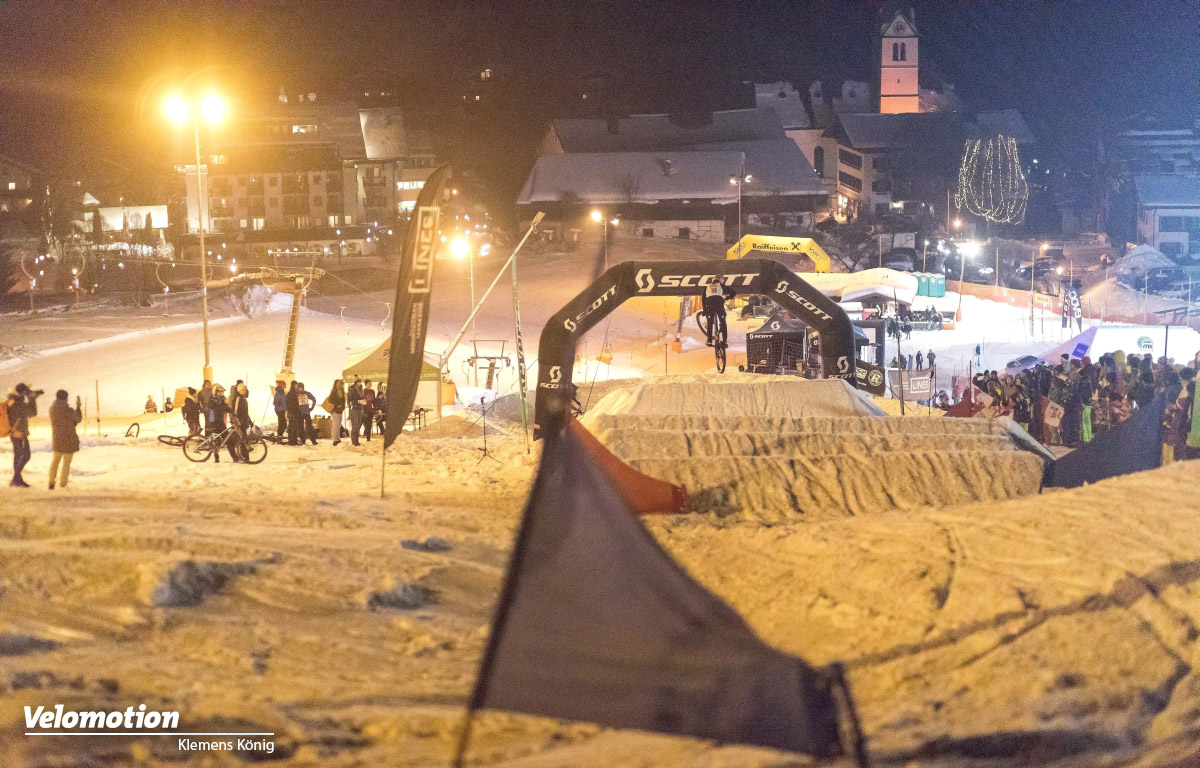 Scott Snow Downhill