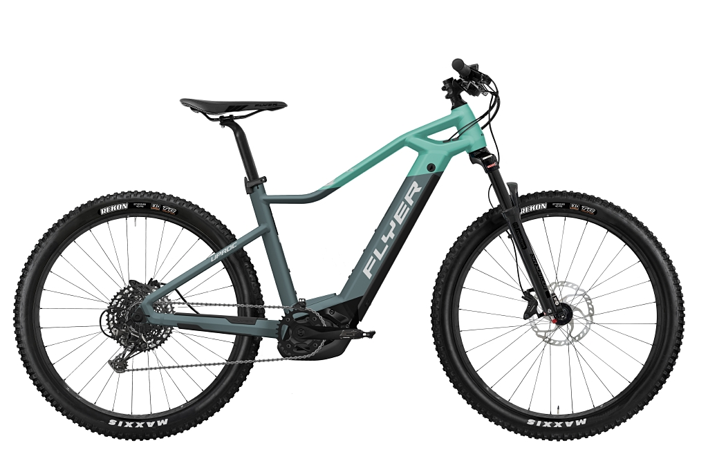 FLYER_E-Bikes_Uproc1_450_Hardtail_PigeonBlueMintMatt