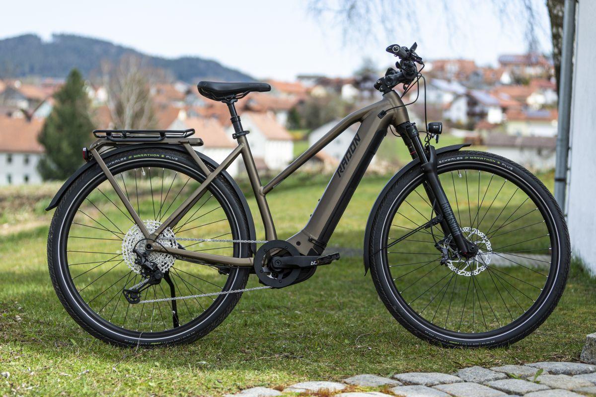 Radon Relate 9.0 CX 625 Lady im Test: Premium-Trekkingbike mit Preisvorteil
