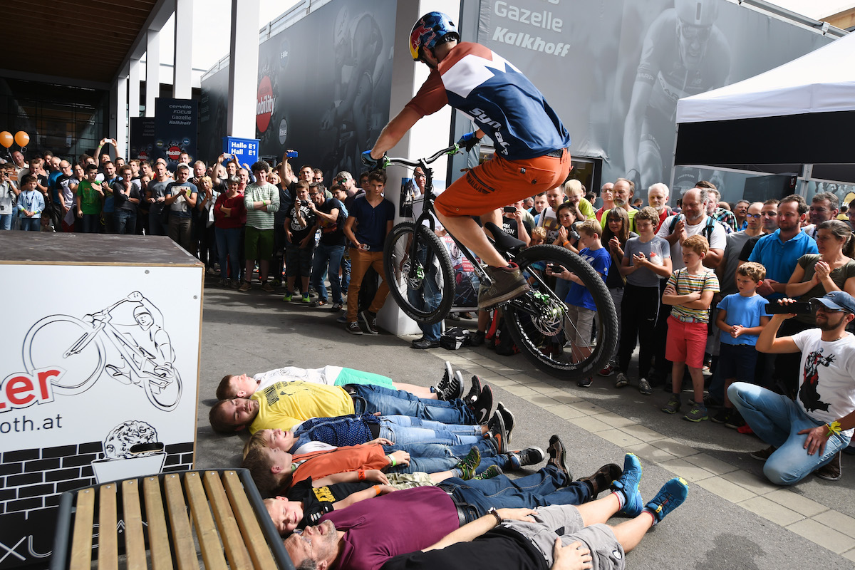 Freigelände West: Trial Bike Show, Paolo Patrizi...