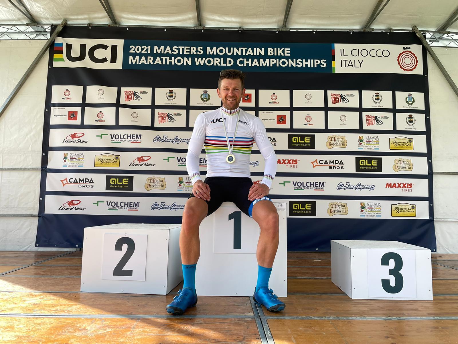 Der Altmeister kann es noch: Karl Platt krönt sich zum UCI Masters Weltmeister